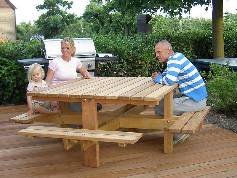 duurzame picknicktafels van FSC gecertificeerd Guariuba hard hout