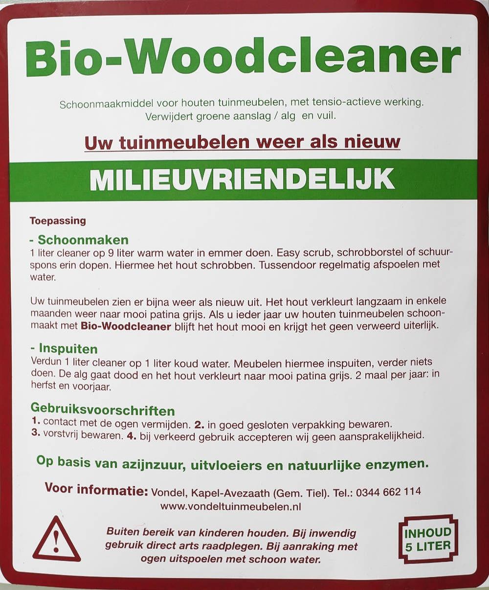 Schoonmaken van houten tuinmeubelen milieuvriendelijk met onze Bio-Woodcleaner.
