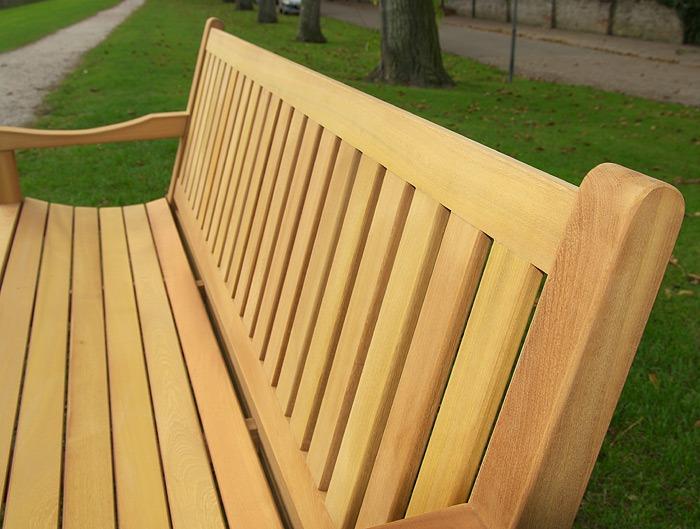 comfortabele houten tunbank van fsc hard hout