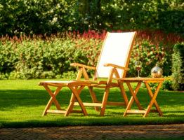 Luxe tuinstoelen van teak hout