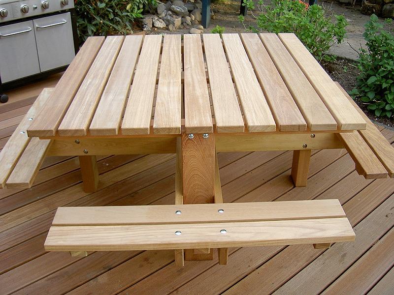 mooie vier (4) kant picknicktafel van fsc hardhout