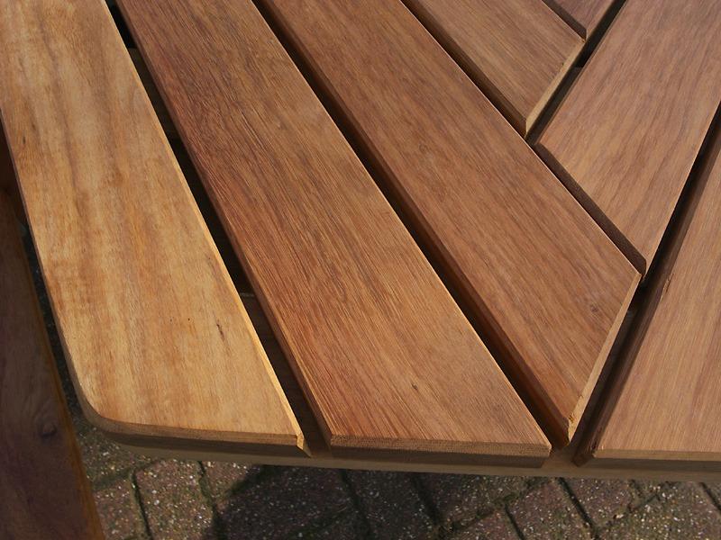 detail tafelblad zes kant picknicktafel