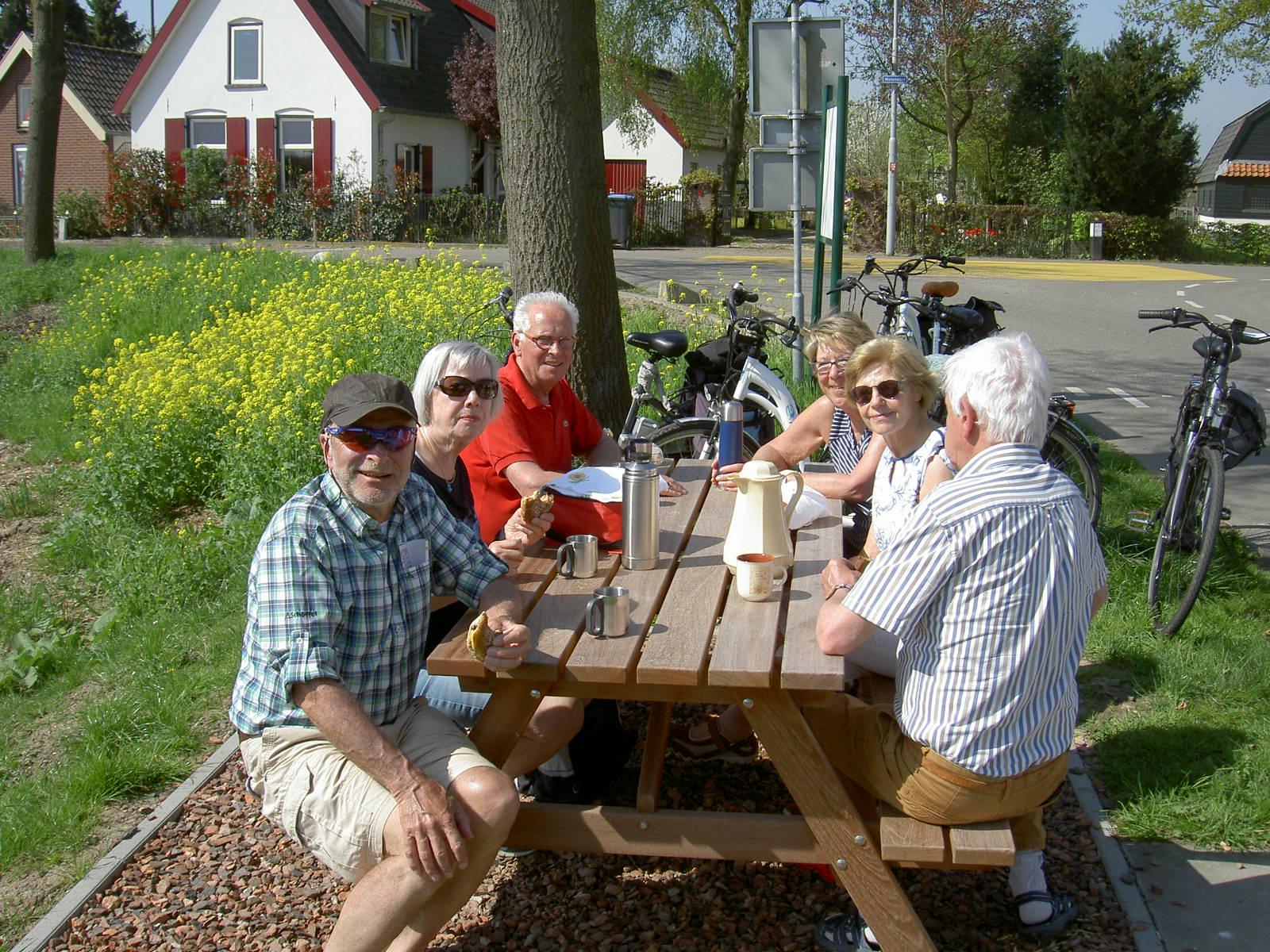 picknicktafel van hardhout voor projecten