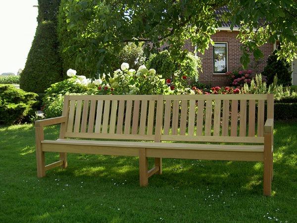 Hard houten tuinmeubelen van FSC gecertificeerd Guariuba hardhout.